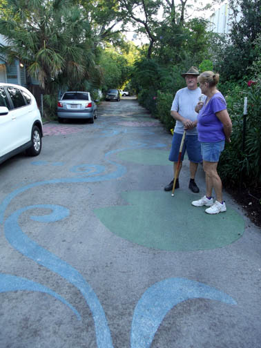 Street art in Fairy Alley.